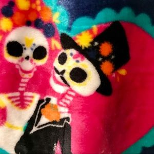 """Other - DAY OF THE DEAD PLUSH THROW 50"""" x 70"""" bride groom"""